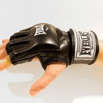 Перчатки для MMA и боевого самбо